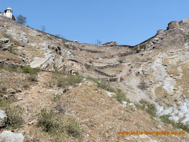 Zig-zag path going up to Nahargarh Fort in India